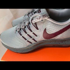 Nike Women's Run Swift  SE Sz. 7